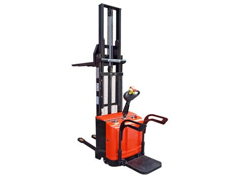 Cамоходный электроштабелер SHED 15/16, г/п 1500 кг