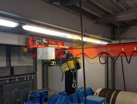 Кран-балка электрическая подвесная г/п 5 тонн пролет 12 - 15 метров