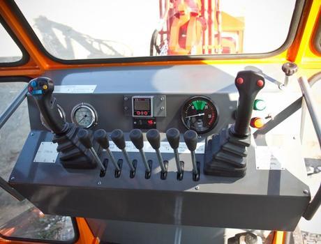 Путевая ремонтная машина ПРМ-5М - управление