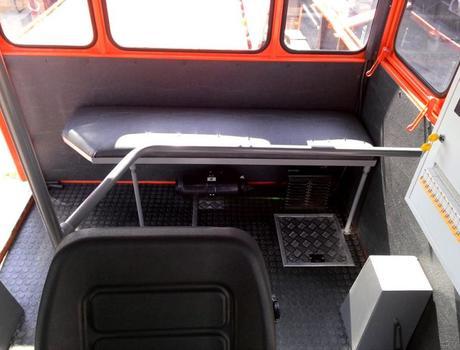 Машина путевая ремонтная подбивочная ПРМ-5П - кабина